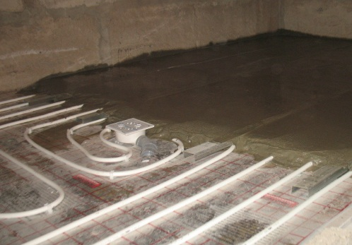 Монтаж водяных теплых полов в Оренбурге. Монтаж отопительной системы